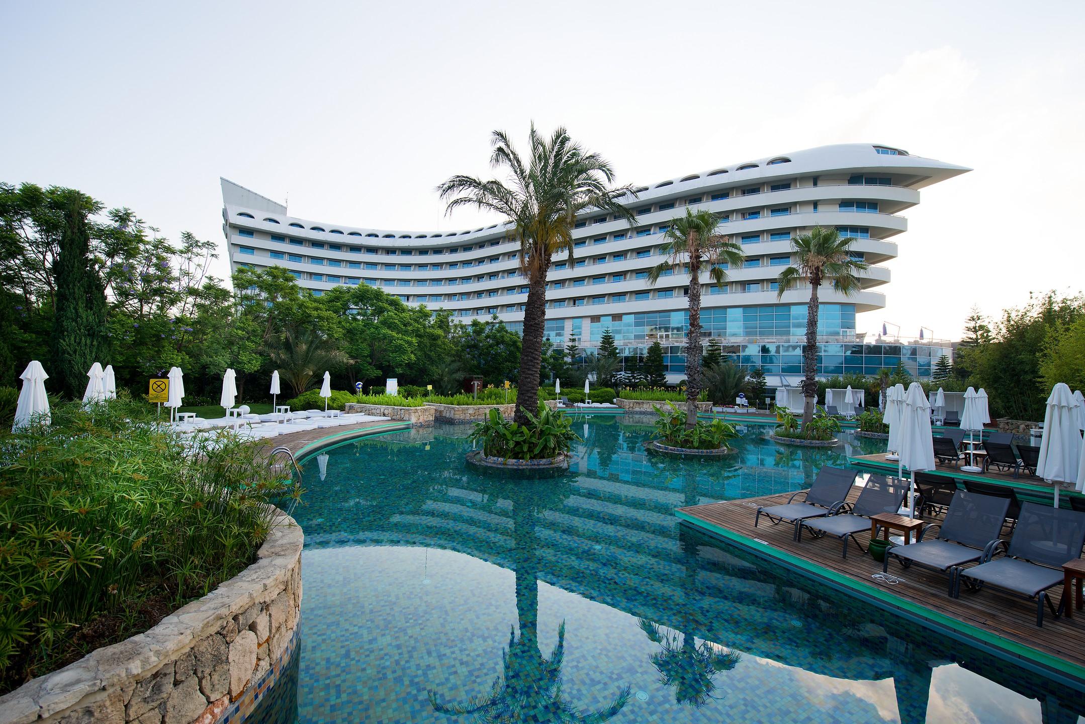 Concorde de luxe resort hotel aktob mediterranean for Hotel de luxe